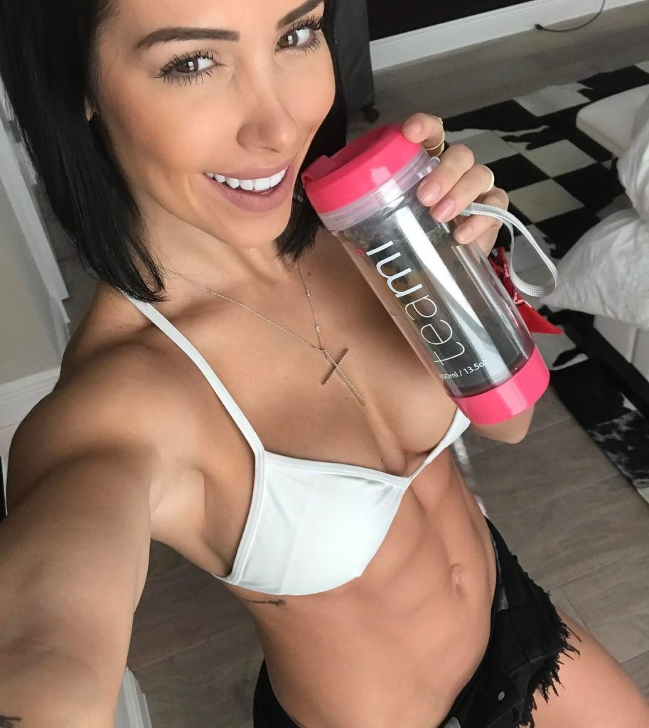 Bella Falconi