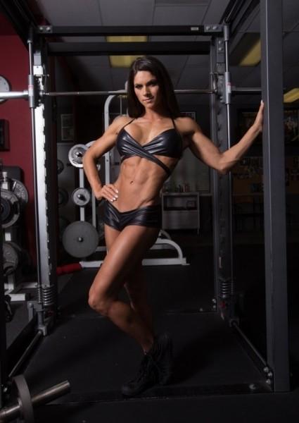 Эксклюзивное интервью с фитнес моделью и конкурсанткой NPC Bikini Аспен Рей